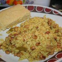 Black-Eyed Peas, Rice and Corn Bread