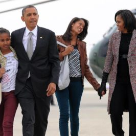 Hail to the 44th President of the United States – Barack Hussein Obama Family Photos (300+) & Farewell Letter to the American People