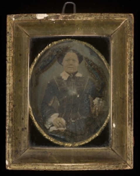 Portrait of a woman - Loewentheil Collection of African-American Photographs