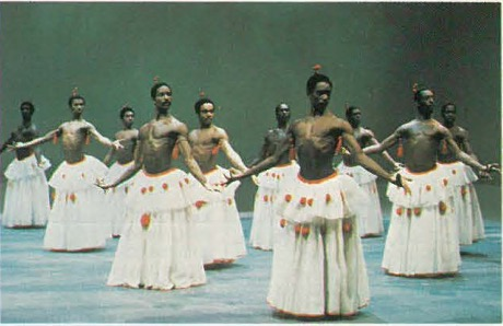 Dougla, created by Geoffrey Holder mingles Afro rhythms With g, y ffy gf Indian Kathakali movements. (Photo: Martha Swope)
