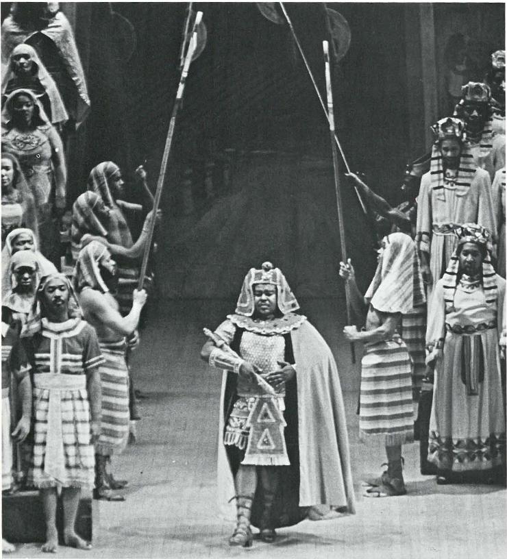Mervin Wallace, Radamus, makes his triumphant entrance in Verdi's Aida
