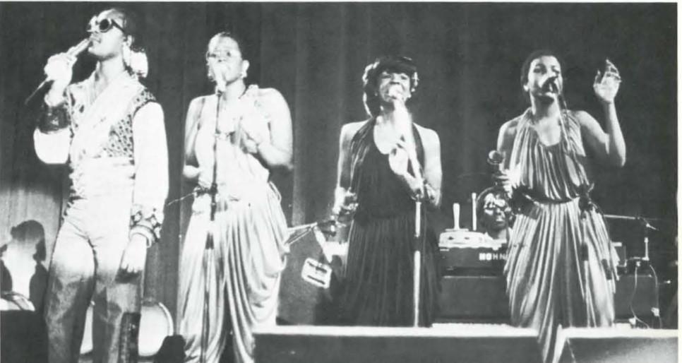 Stevie Wonder and Back Up Singers