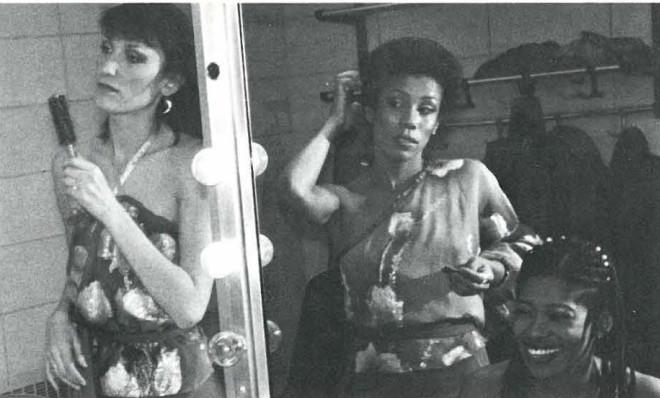 The Harlettes in Dressing Room, (L-R) Ula Hedwig, Sharon Redd, Charlotte Crossley