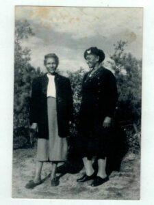 Rachel Pumphrey and her older sister, Ollie Jones